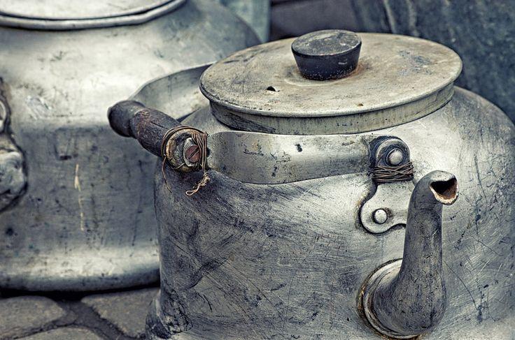 Как очистить чайник от накипи: 7 способов - KitchenMag.ru