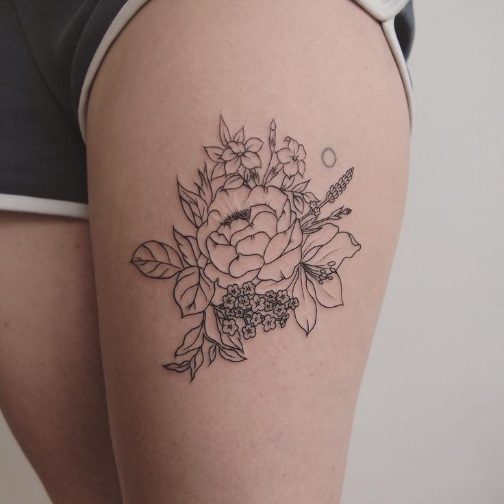 simple florals - tattoo people toronto - jess chen