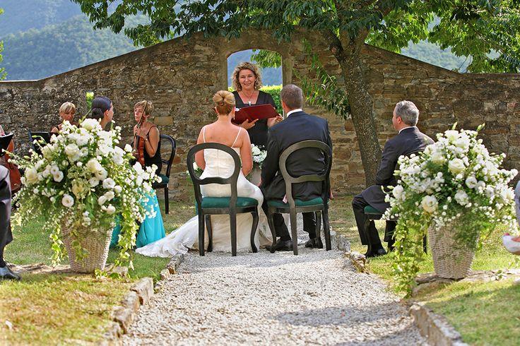 wedding in Colognole agriturismo, Tuscany #weddingday #weddinginflorence #symbolicceremony #bridegroom #weddingdress #weddingintuscany #weddingphotographer #tuscanphotographer #florencephotographer