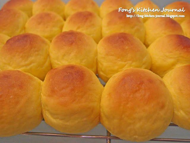 Mini Pumpkin Cheese Buns