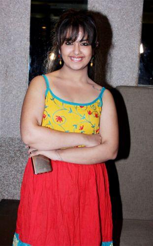 'Balika Vadhu' fame Avika Gor Seen In New Look