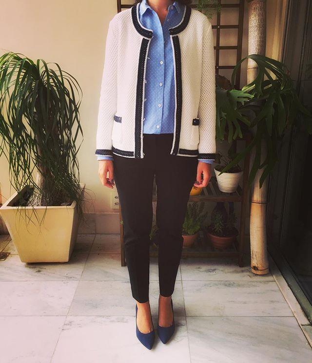 Blusa @mango / Casaco @lelisblanc / Calça @gap / Scarpin @arezzo  #ootd #workwear #mango #lelisblanc #gap #arezzo #lookdodia #lookoftheday