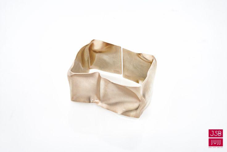 Crinkled Bracelet - Wide, jesuisbelle jujj jewellery