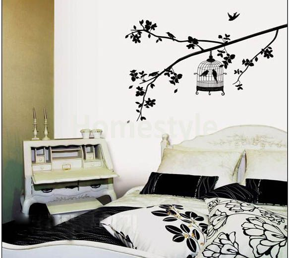 Pretty wall decor. Available at www.theprettycollection.co.za