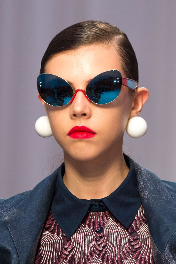 The Best Eyewear of Spring 2017 Fashion Shows – The Impression