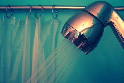 Waarom een koude douche gezond is? Lees het op Dejlig!