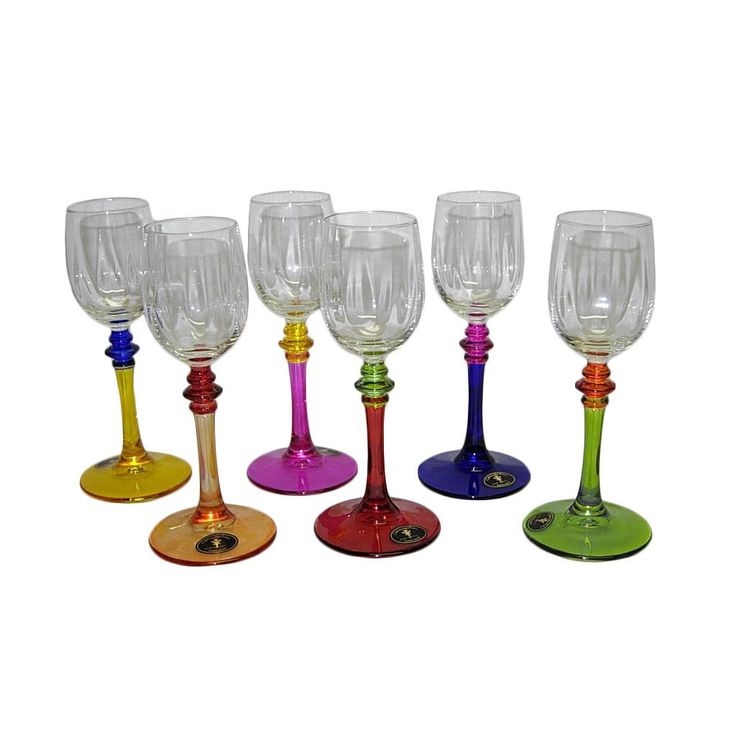 These Italian champagne or wine shot glasses showcase a hand-painted multicolor design. This set from Threestar provides innovative styling and makes any event an intimate occasion.