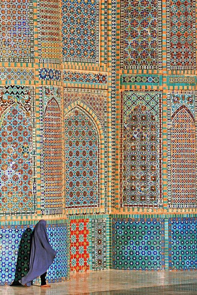Blue Mosque in Mazar-e-Sharif, Afghanistan ::Islamic Arts and Architecture