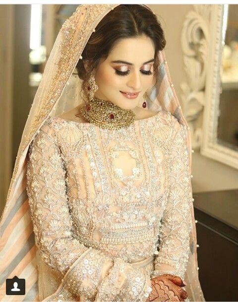 e705636642799 Bridal Accessories And Brides,,