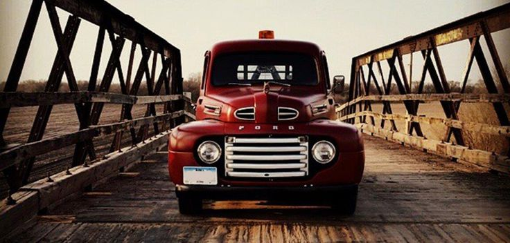 Ford conta a história da série F em vídeos e fotos
