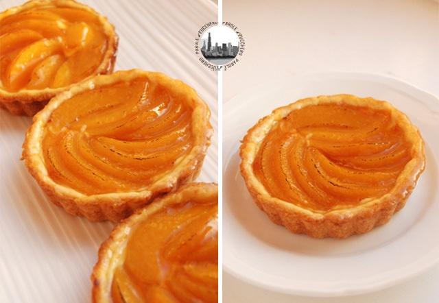 Tartellette con crema e pesche, al profumo di arancia