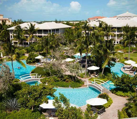 Océan Club aux Iles Turques-et Caïques   Parcs aquatiques, cours de cirque et plus encore. Jeunes et adultes trouveront tout ce qu'ils désirent dans ces hôtels familiaux des Caraïbes.