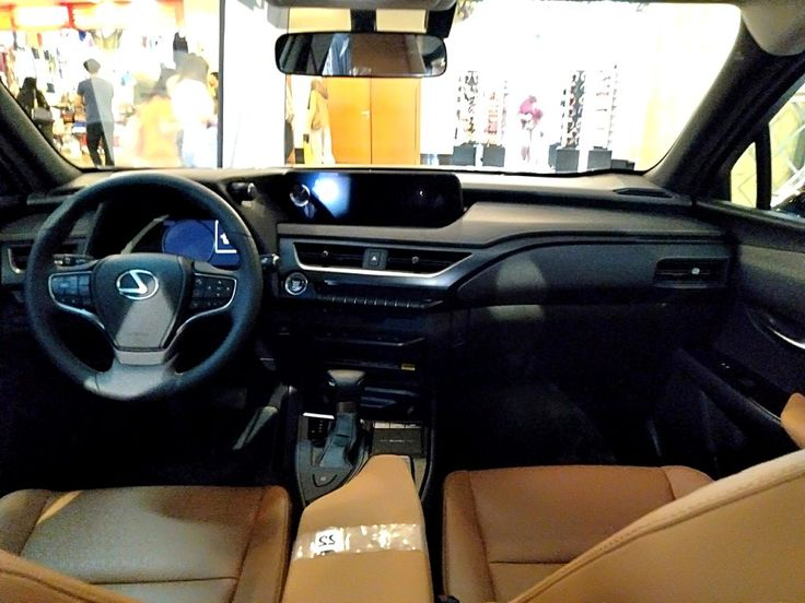 Lexus Ux 2020 Interior Review And Release Date In 2021 Lexus Apple Car Play Roadside Assistance