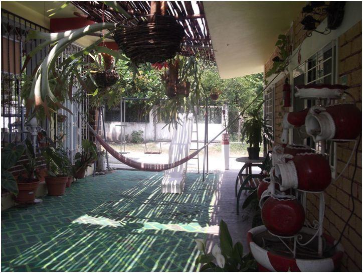 """Oportunidad de adquirir el hermoso Restaurante """"Playa Paraíso"""" ubicado en la playa Calderitas, Quinta Roo,México. Consta de 3.5 hectáreas, concesión de playa, 2 baños, cocina equipada, Mayor información por inbox o por correo electrónico: rcmrossenblatt@gmail.com"""