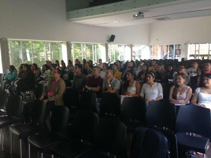 Parte de los asistentes a mi Jornada de Neuromarketing Práctico en Institución Universitaria Esumer (Campus Robledo) de Medellin