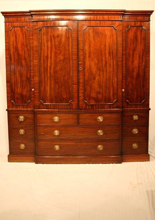 Georgian mahogany wardrobe