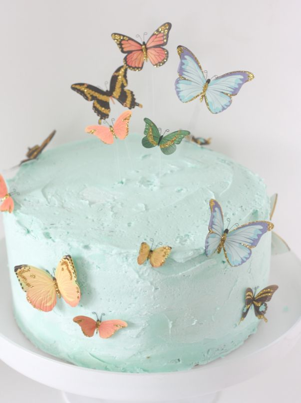 An easy butterfly cake using stickers and a little trick for flying butterflies!