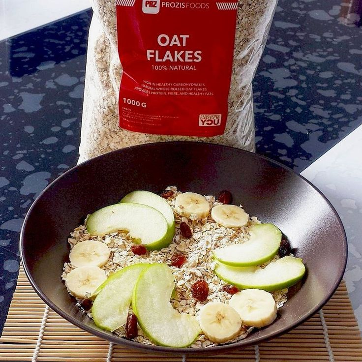 Have you eaten your oats today? 💪 This food is perfect for your breakfast and pre-workout meals! >> Product link in bio.  Thanks for sharing @thec_fonte  #Prozis #Exceedyourself #ProzisRecipes #Oats #Oatmeal #OatFlakes #Breakfast #Preworkout #Diet #HealthyFood #HealthyLifestyle #nutrition #fitfood foodie #food #homecooking #foodlover