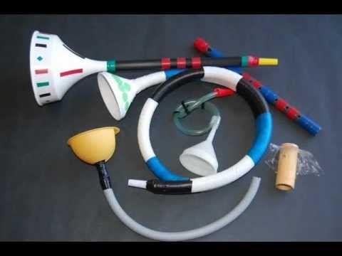 Instrumentos musicales de material reciclado - YouTube