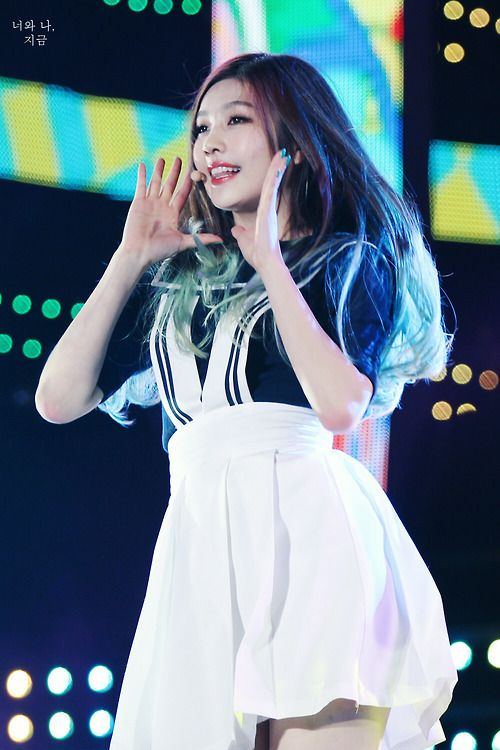 and finally, perfect maknae.. Joy <3