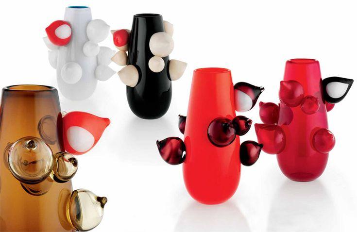 """Nuclei (Marco Vinicio Cenzi e Leonardo Ranucci) - Vasi in vetro soffiato e lavorato a mano con decori """"nuclei"""" applicati a caldo"""