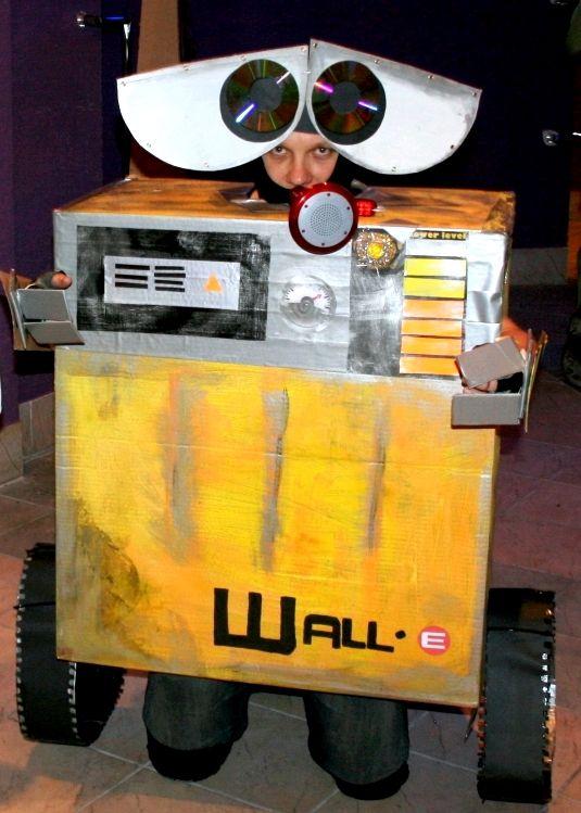 My sweet sweet Wall-e!  Handmade Wall-e costume.