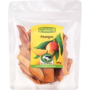 Mango uscat Bio disponibila la comanda online si livrare in toaat tara. Carotina, vitaminele, mineralele, micronutrientii si enzimele sunt doar o parte din substantele pretioase oferite de catre fructul de mango. Important de mentionat este continutul inalt de vitamina C si betacaroten.