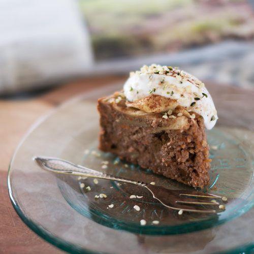 Gezonde suikervrije apple carrot cake - Amber Albarda