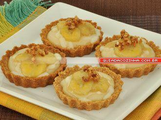 Receita de Tortinha de banana com farofa crocante