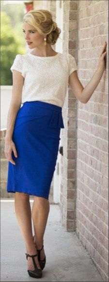 Pretty cobalt blue skirt outfits for fashionable ladies (3)
