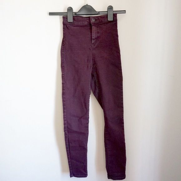 Topshop Burgundy Joni Jeans JONI style. have been worn and feature some piling as shown in the picture above but other than that no damage. Great color to be paired with neutrals. Topshop Jeans Skinny