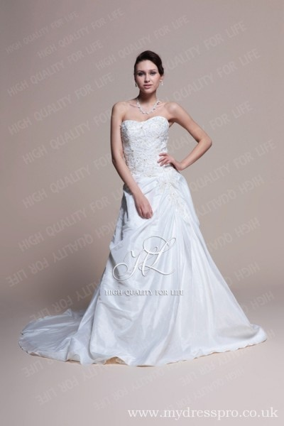 A-line White Strapless Sweep/ Brush Train Floor-length Taffeta Wedding Dress ruo_0007  http://www.mydresspro.co.uk/194-09-2012