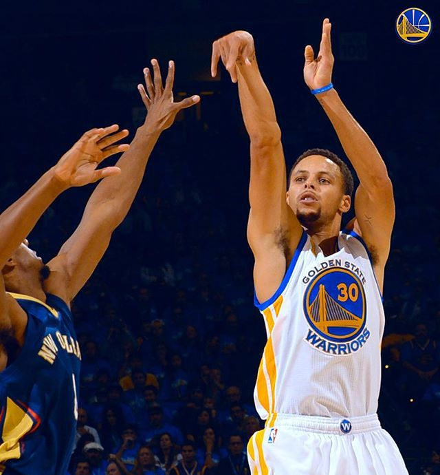 #DubNation knows how this shot ended