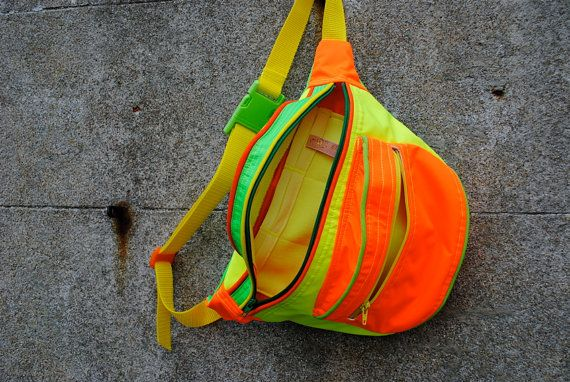 neon fanny pack. I want this! For when I go jogging lol