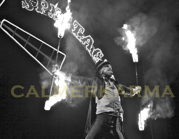 Bonfire Night is all about light and fire.  We have a full range of high impact fire performers available to hire across the UK. http://www.calmerkarma.org.uk/fire-acts.htm Tel:  0203 602 9540