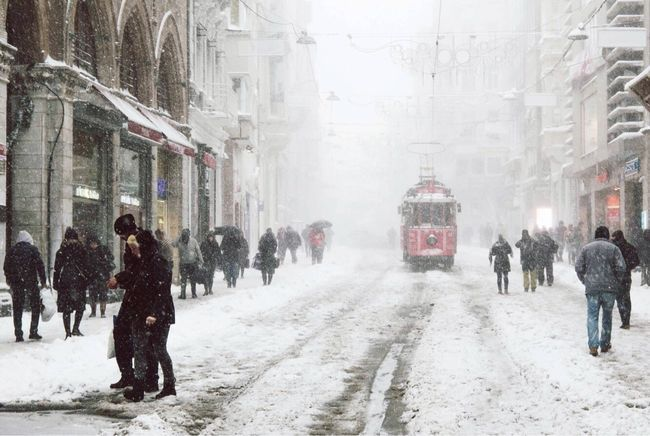 Winter Snow Cold Temperature Snowing Weather Walking Large Group Of People Road Travel Destinations Outdoors City Day Photo Photography Photooftheday Photoshoot Streetphoto_color City Street Istiklalcaddesi