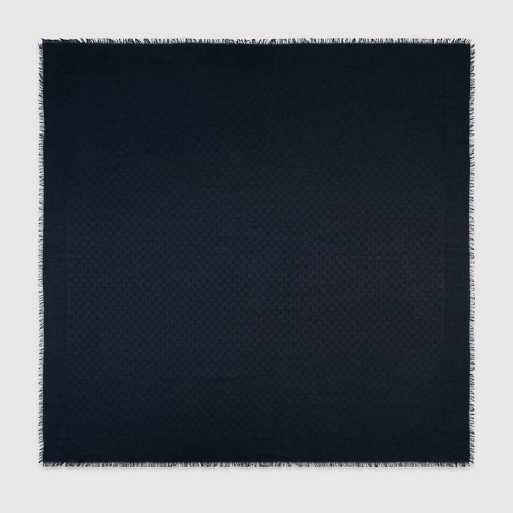GUCCI Silk Wool Gg Jacquard Shawl - Navy Silk Wool Gg. #gucci #all