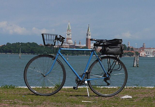 The Monaco - Venezia is coming: a new journey of 560 miles and climbing up to 3,000 mt sl, with beautiful scenery of the Bavarian hills and the Dolomites until the lagoon of #Venice through #VittorioVeneto. A tour almost entirely by bicycle. Cycling lover can organize the route most suitable for himself. Accommodation is offered by tourist facilities cycle friendly, B&B, apartments/villas, with service of bicycle repair. Dont miss the attractiveness of the regional cuisine…