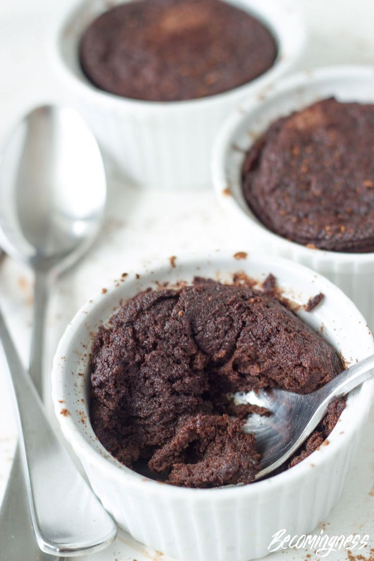 THERMOMIX FLOURLESS CHOCOLATE PUDDINGS - Snack and Dessert Ideas - Healthy dessert from Becomingness