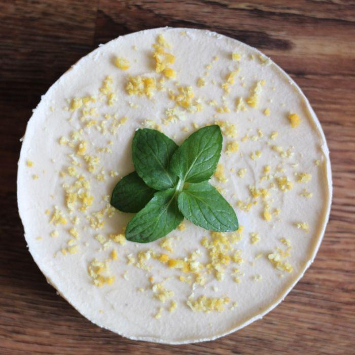 Citrónový RAW dort - Obecně je citrón považován za kyselý. Avšak mistrně upravený v tomto RAW dortu jej bez nadsázky můžeme považovat za sladké pokušení.