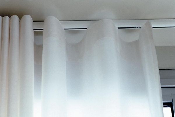 Silent Gliss 3840 Curtain Track White/Silver