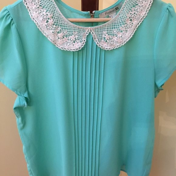 SALEGorgeous Mint Top Used worn a couple times.  Great condition no rips/stains. Forever 21 Tops