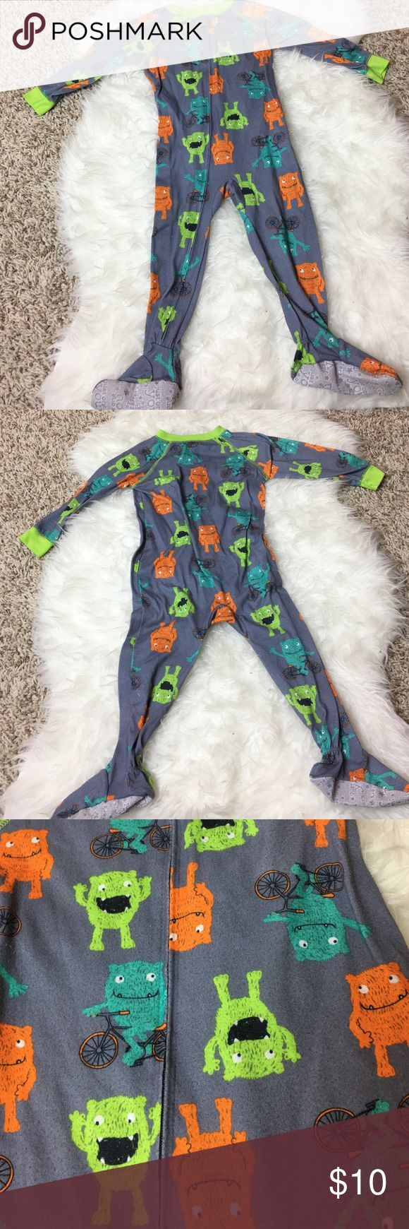 Carters Toddler Boys Lightweight Jammie's Carters Toddler Boys Footed Jammie's - Gently used. In great condition. - No rips, tears, or stains. - I offer 20% off on my children's clothing with 2 or more bundled items. - Make me an offer. I ❤ OFFERS! Carter's Pajamas