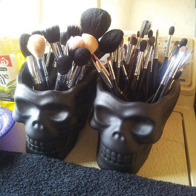 Storage for Makeup brushes