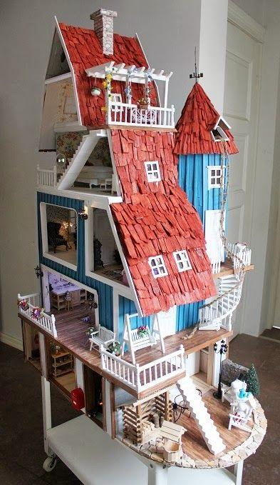 Moomins dollhouse miniature --- (Klikkaa kuvaa; linkin takana paljon lisää kuvia! * Click on the photo, many more pics behind the link!)