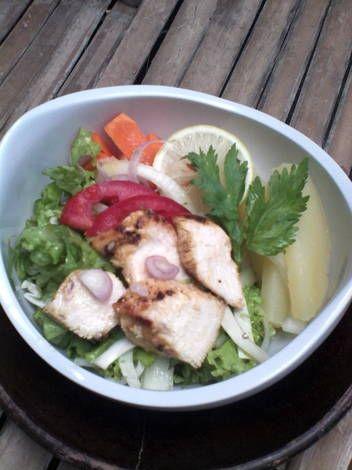 salad sehat lengkap dressing  olive oil lemon - Mari kita coba, bagus untuk menu FOOD COMBINING. Thanks @ielham