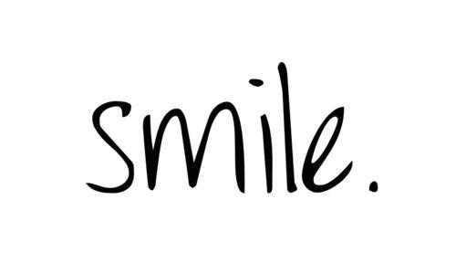 Empieza el día con una #Sonrisa y sintiéndote OK, verás lo divertido que es ir por ahí desentonando con el mundo. Libertad de #Mafalda #felicidad