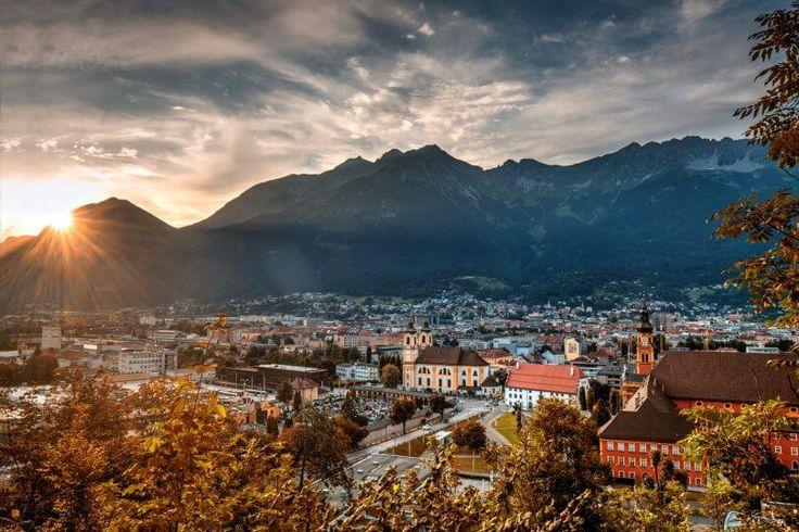 Die hundefreudliche Urlaubsregion Innsbruck und seine Feriendörfer in Tirol!    #urlaubmithund #tierischerurlaub #innsbruck #tirol #tirolurlaub #ferien #urlaub #holidays #winterurlaub #sport #visitaustria #österreich #urlaubinösterreich #ferienmithund #hundefreundlich #landscape #wandern #wandernmithund #urlaubstipp #sonnenuntergang #berge #alpen #mountains #mountainlife #hundeurlaub #welovedogs #austria