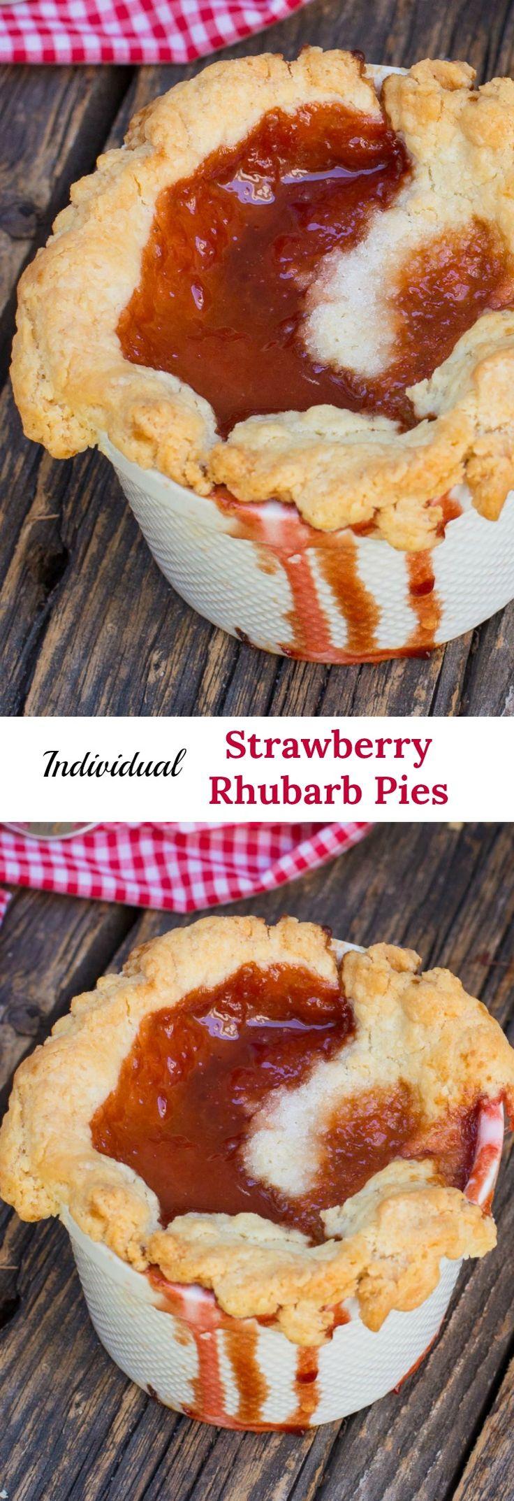 Strawberry Rhubarb Pie combine the tart flavour of rhubarb and sweet strawberries in a ultra flaky homemade pie crust.#strawberryrhubarbpie#rhubarbpie#strawberrypie