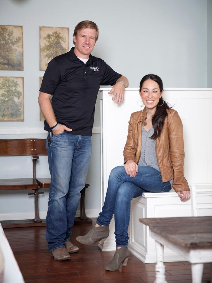 54 best chip joanna gaines images on pinterest magnolia farms magnolia market and chip gaines. Black Bedroom Furniture Sets. Home Design Ideas
